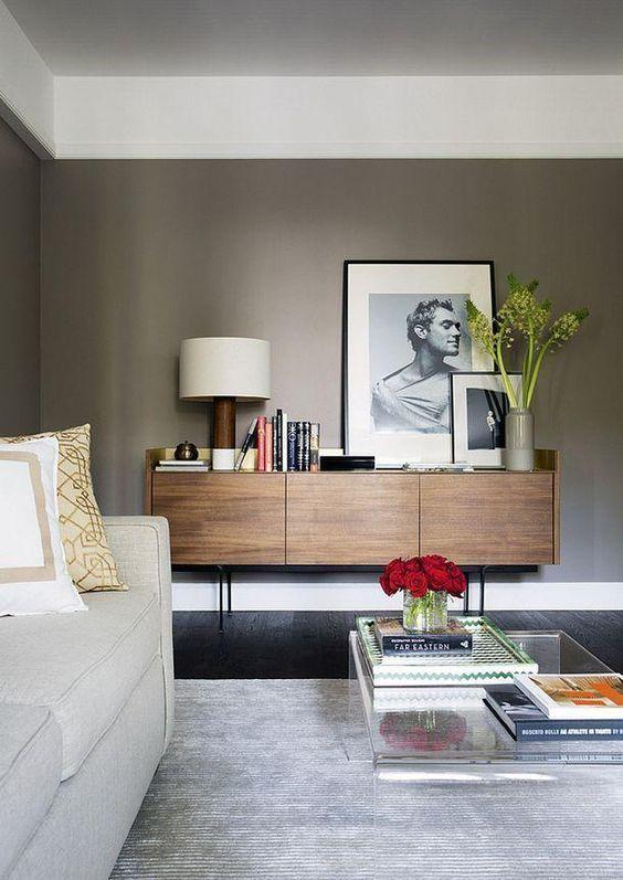 Sala de estar com rack rustico