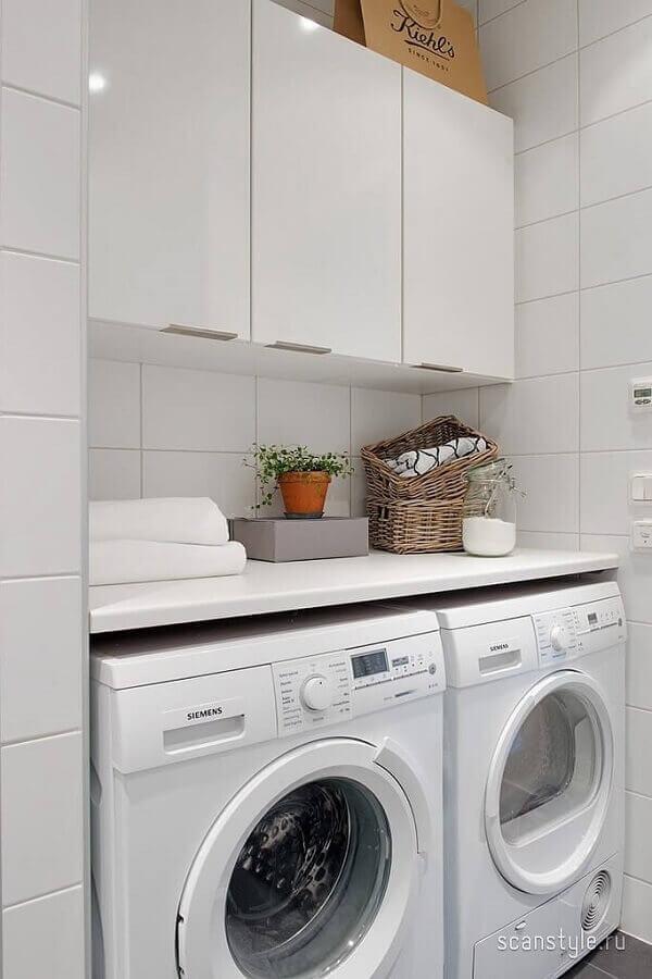 armário branco pequeno para decoração de lavanderia simples Foto Pinterest