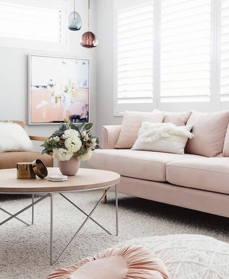 cores pastéis para sala decorada com luminária de vidro e sofá rosa Foto Pinterest