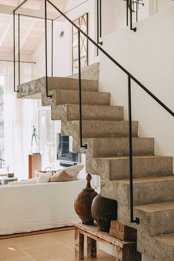 corrimão de ferro para decoração de escadas internas de concreto Foto Pinterest