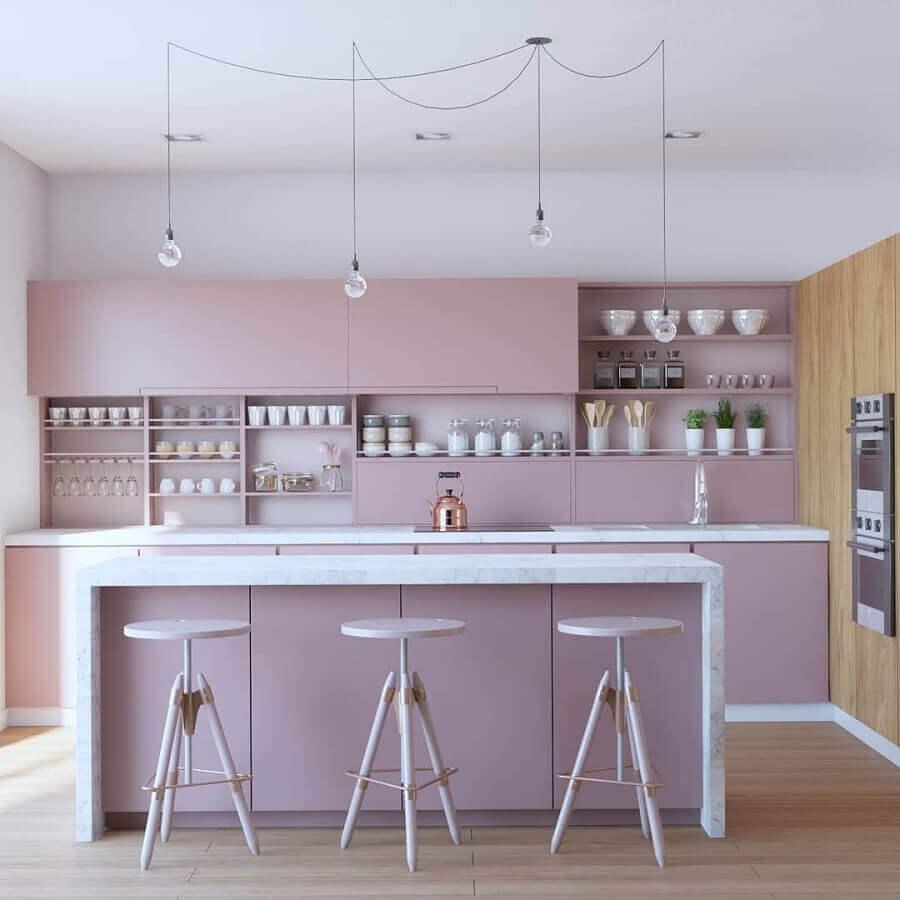 cozinha com ilha decorada em cores pastéis Foto Ann Arquitetura