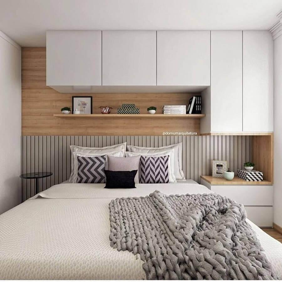 decoração com armário suspenso quarto de casal planejado Foto Pinterest