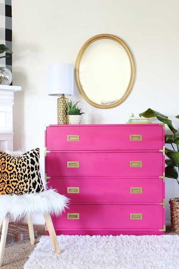 decoração com cômodas coloridas para quarto feminino branco Foto Pinterest