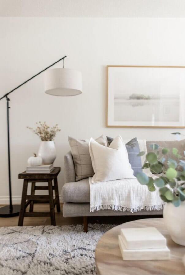 decoração com luminárias de piso para sala de estar branca Foto Etsy