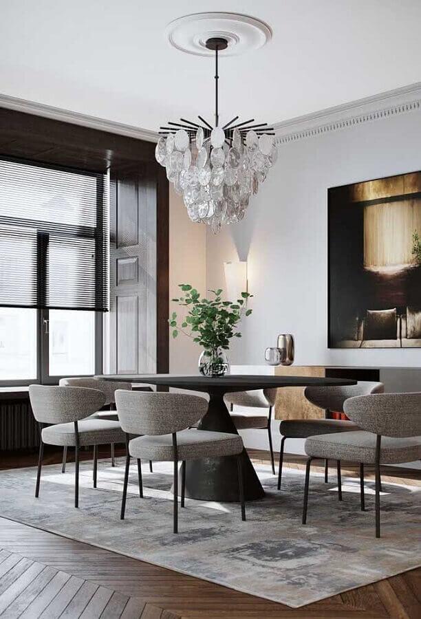 decoração com lustre de teto para sala de jantar com mesa redonda Foto Behance