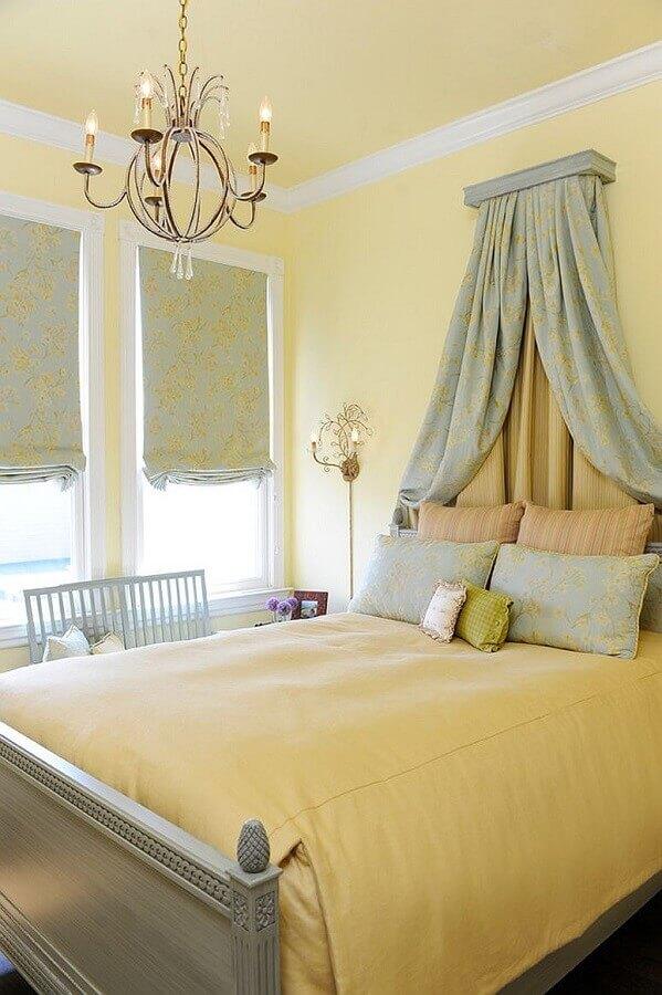 decoração em cores pastéis para quarto amarelo Foto Decoist