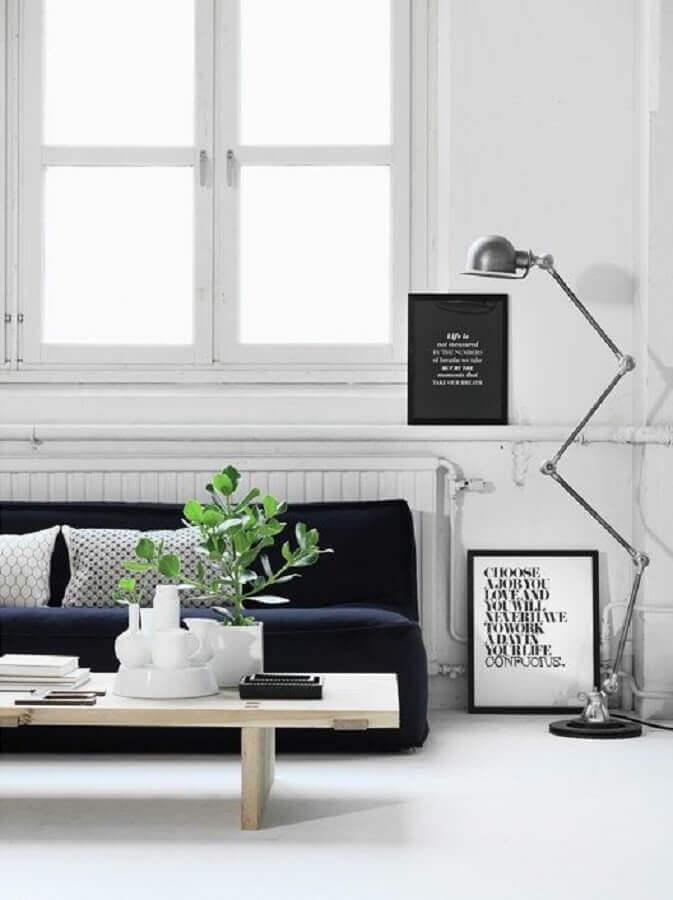 decoração minimalista com luminárias de piso para sala de estar Foto Casa Tres Chic