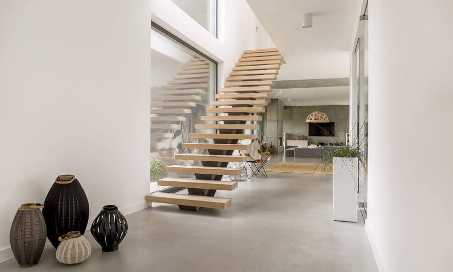 decoração moderna com escadas internas de madeira e ferro Foto All Architecture Designs