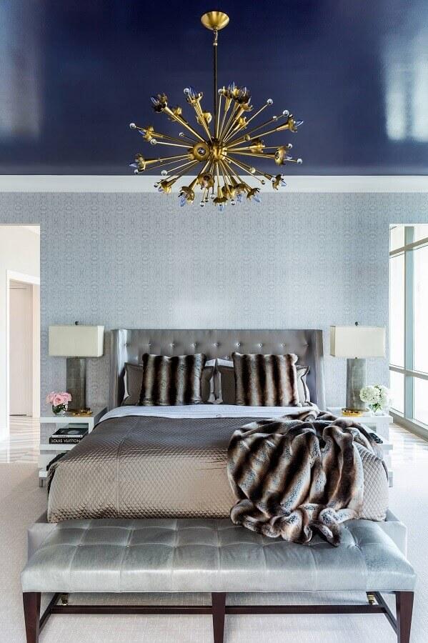 decoração moderna com lustre de teto para quarto de casal Foto Houzz