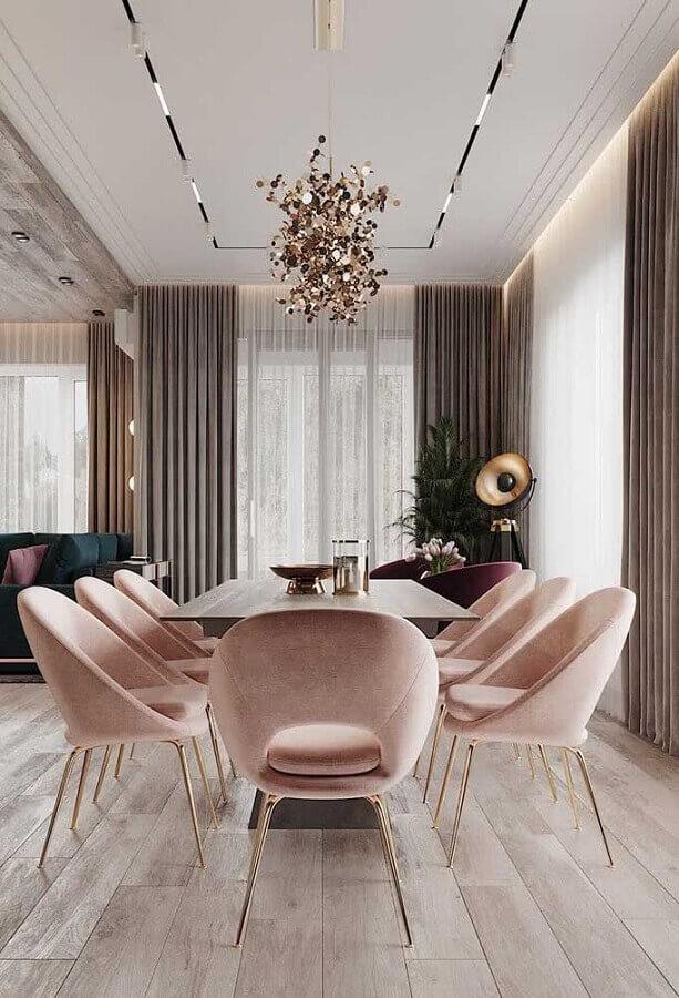 decoração moderna com lustre de teto para sala de jantar com cadeiras estofadas Foto Pinterest
