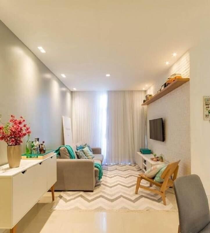 decoração simples em cores claras para sala de estar apartamento Foto Jeito de Casa