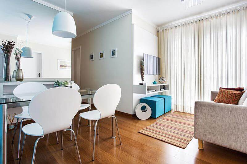 decoração simples para sala de apartamento pequeno Foto Luciane Mota