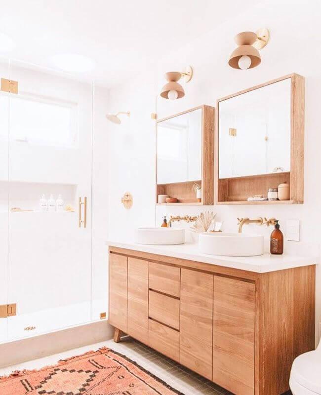 gabinete e armário suspenso de madeira para decoração de banheiro branco Foto Home Fashion Trend