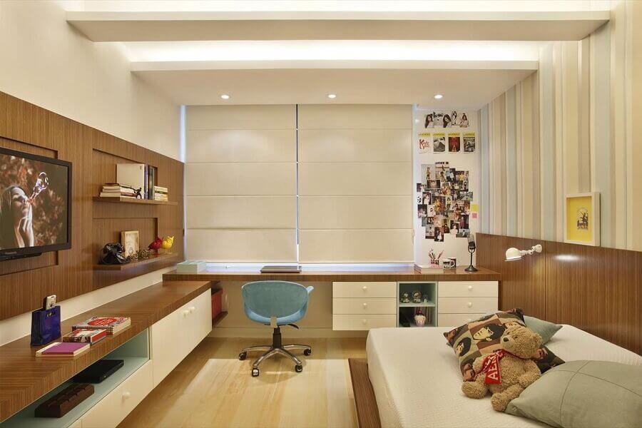 ideias para quarto de solteiro decorado com bancada suspensa Foto Roberta Devisate