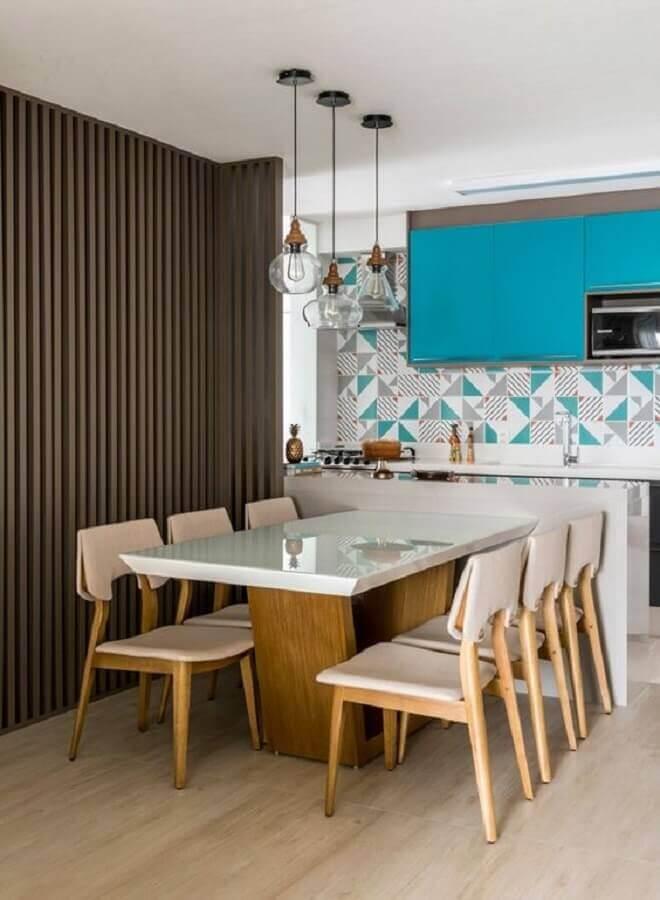 luminária de vidro para decoração de cozinha americana com sala de jantar moderna Foto Jeito de Casa