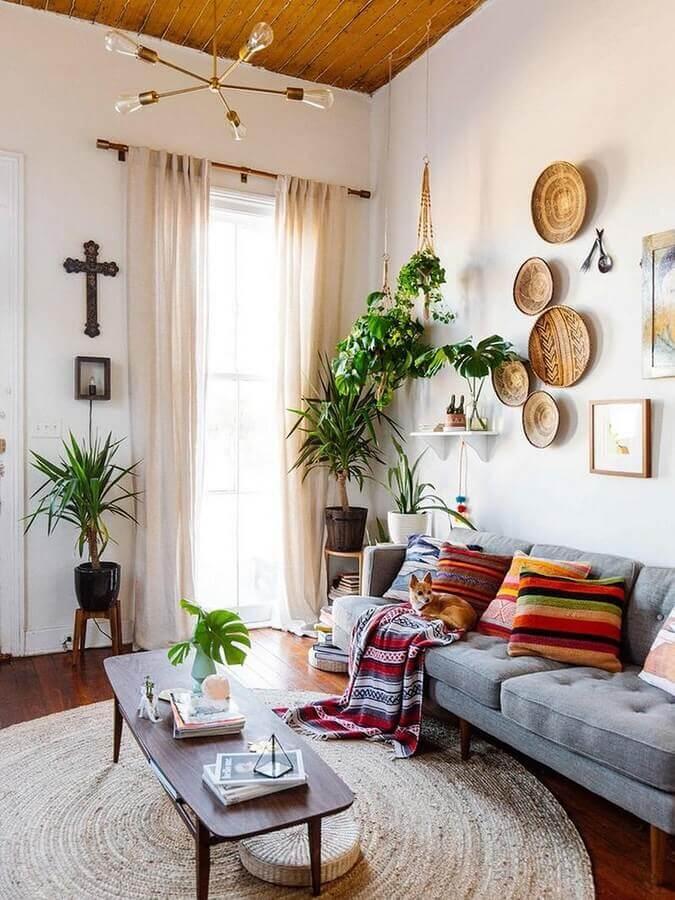 luminária para sala de estar simples decorada com almofadas coloridas para sofá cinza Foto Architectural Art Design