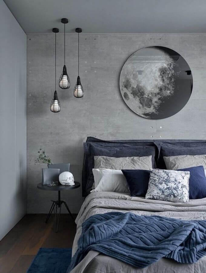 luminária pendente para quarto cinza decorado com parede de cimento queimado Foto Pinterest