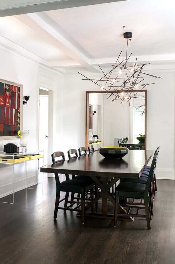 lustre de teto moderno para decoração de sala de jantar com espelho grande de parede Foto Houzz