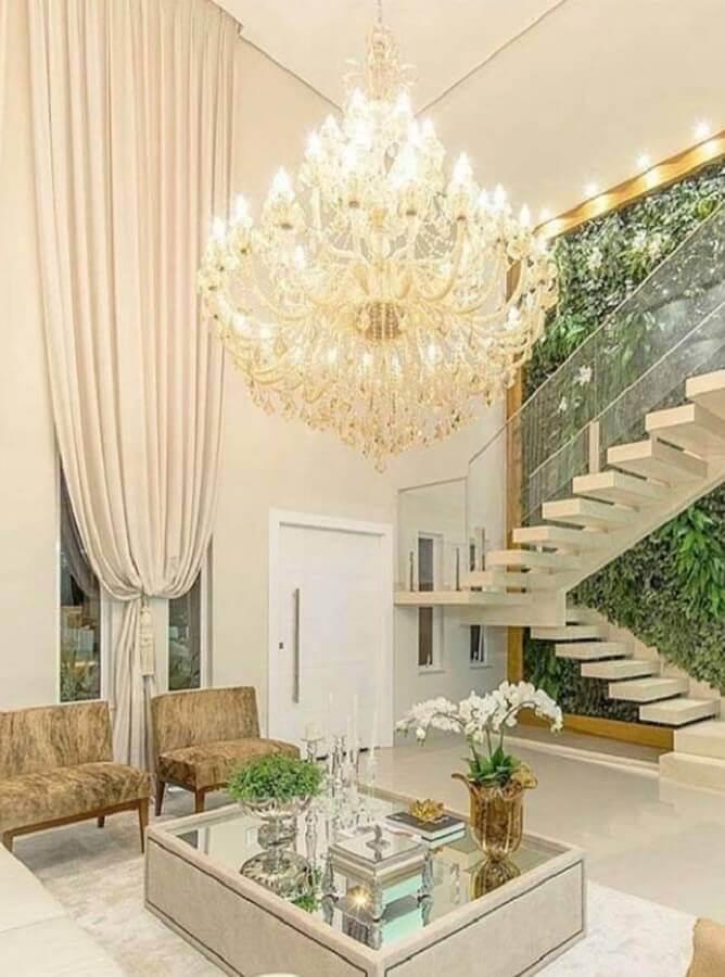 lustre de teto para sala com decoração sofisticada Foto Pinterest