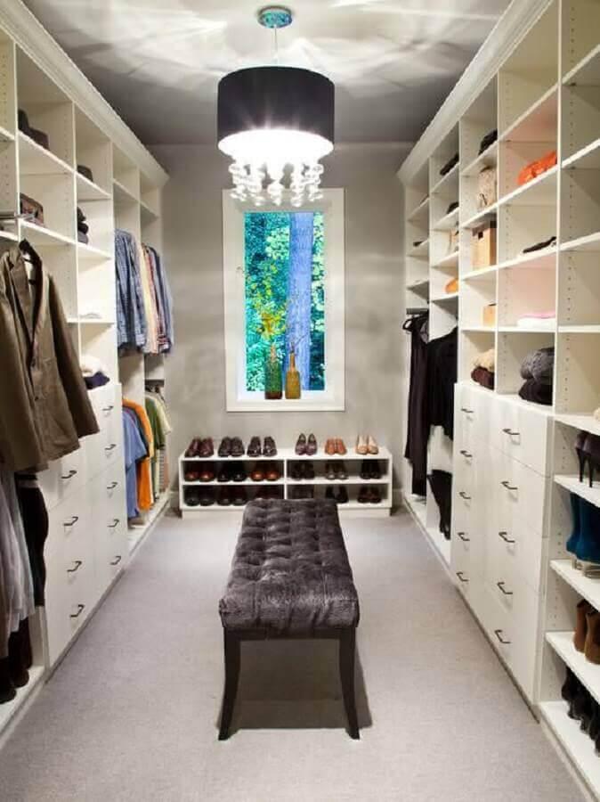 lustre redondo para decoração de armário tipo closet Foto Houzz
