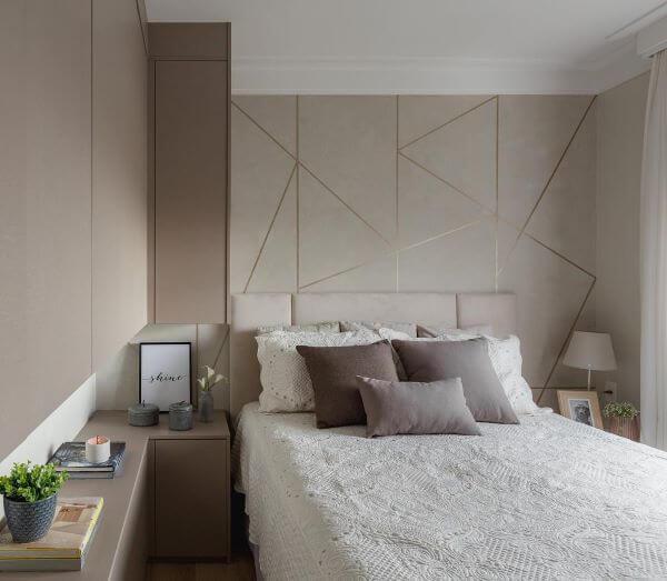 Moldura de isopor par quarto moderno