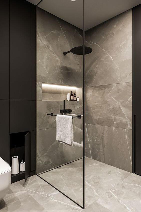 Piso de porcelanato para banheiro marmorizado