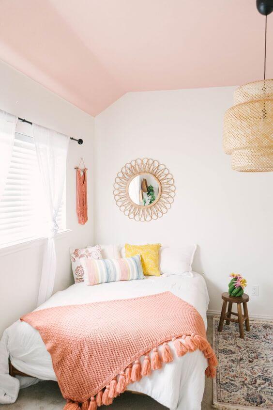 Quarto com decoração cor pessego