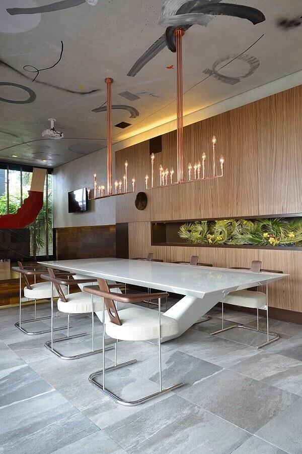 sala grande decorada com mesa e cadeira de jantar moderna Foto Casa de Valentina