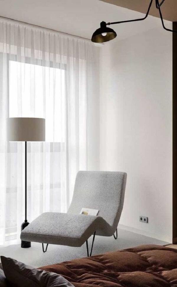 A poltrona divã pode trazer função para um cantinho perdido do ambiente. Fonte: Pinterest