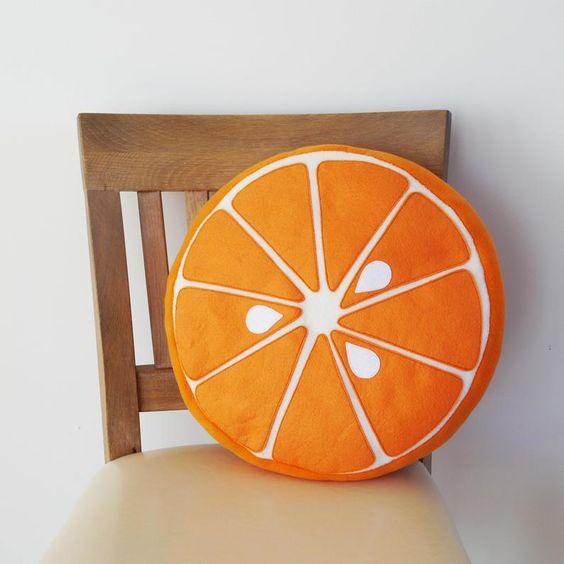 Almofada redonda de laranja