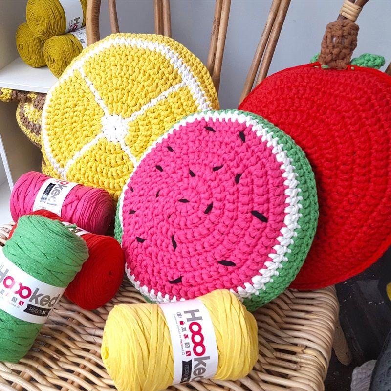 Almofadas divertidas de croche com formato de frutas