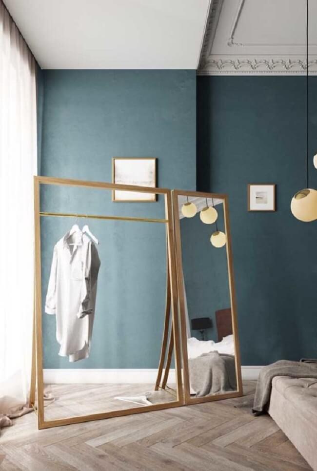 Arara de madeira para decoração com espelho embutido. Fonte: Pinterest