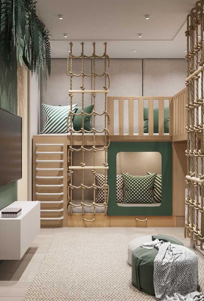 Beliche de madeira criativa e temática