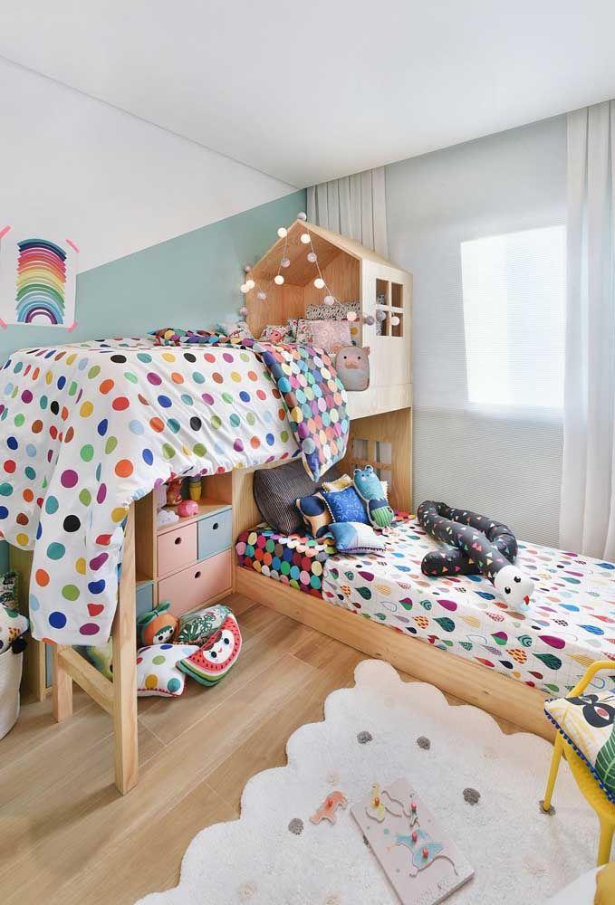 Beliche de madeira para quarto infantil criativo