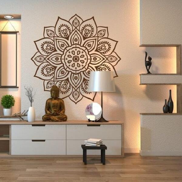 Buda e mandalas trazem boas vibrações para quem quer apostar na decoração indiana. Fonte: Arkpad