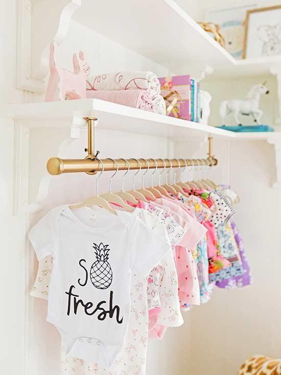 Cabideiro para quarto de bebê delicado