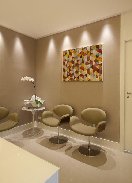 Cadeira tulipa para sala de espera