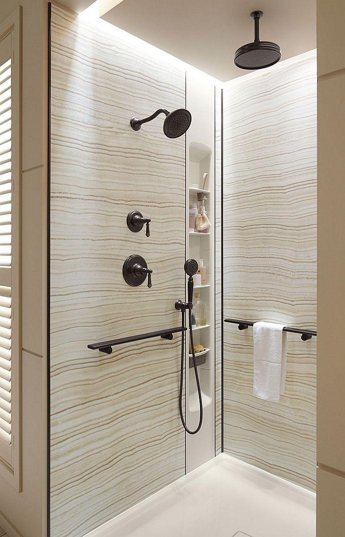 Cantoneira para banheiro com chuveiro preto