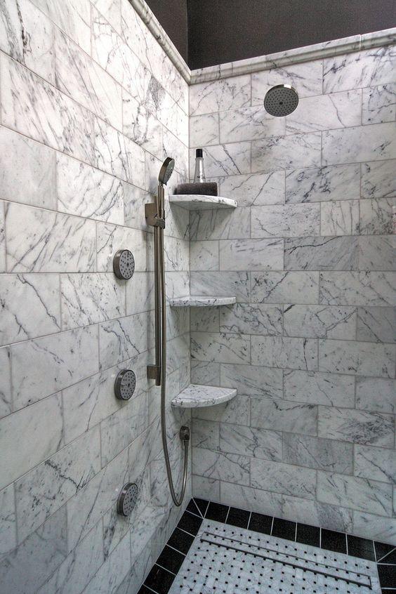 Cantoneira para banheiro de granito