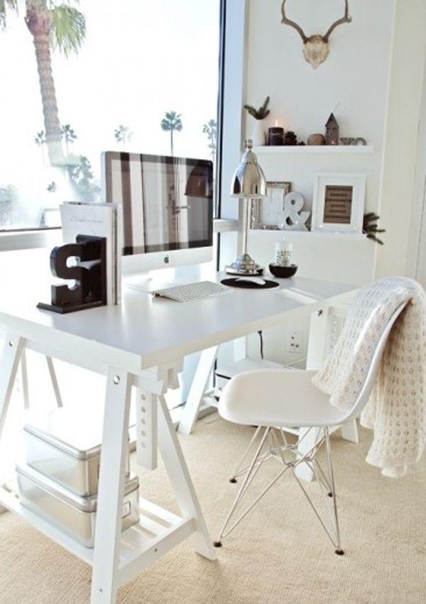 Cavalete branco para escritório planejado