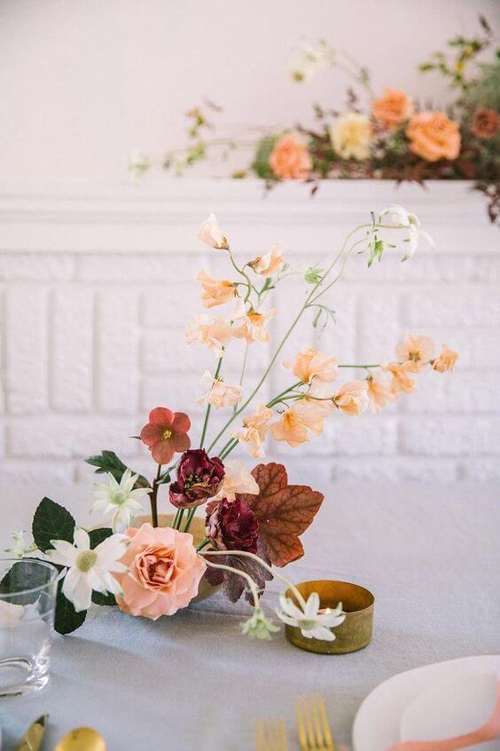 Decoração com arranjo de ikebana