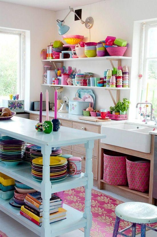Lista de utensílios de cozinha completa com cores coloridas