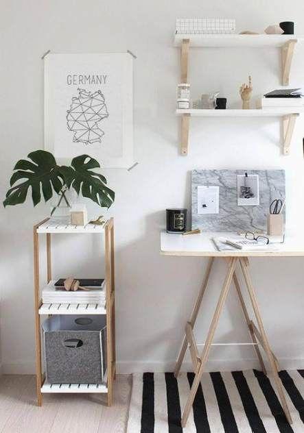 Mesa de escritório com cavalete