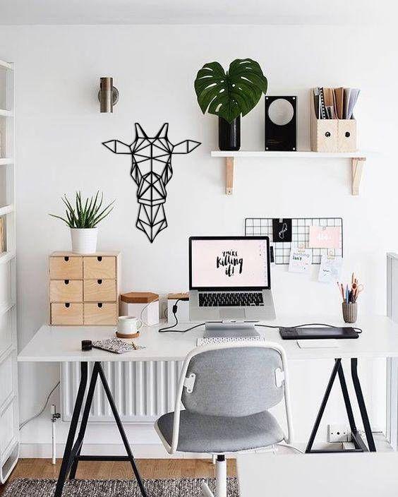 Mesa de escritório confortável com cavalete de ferro preto