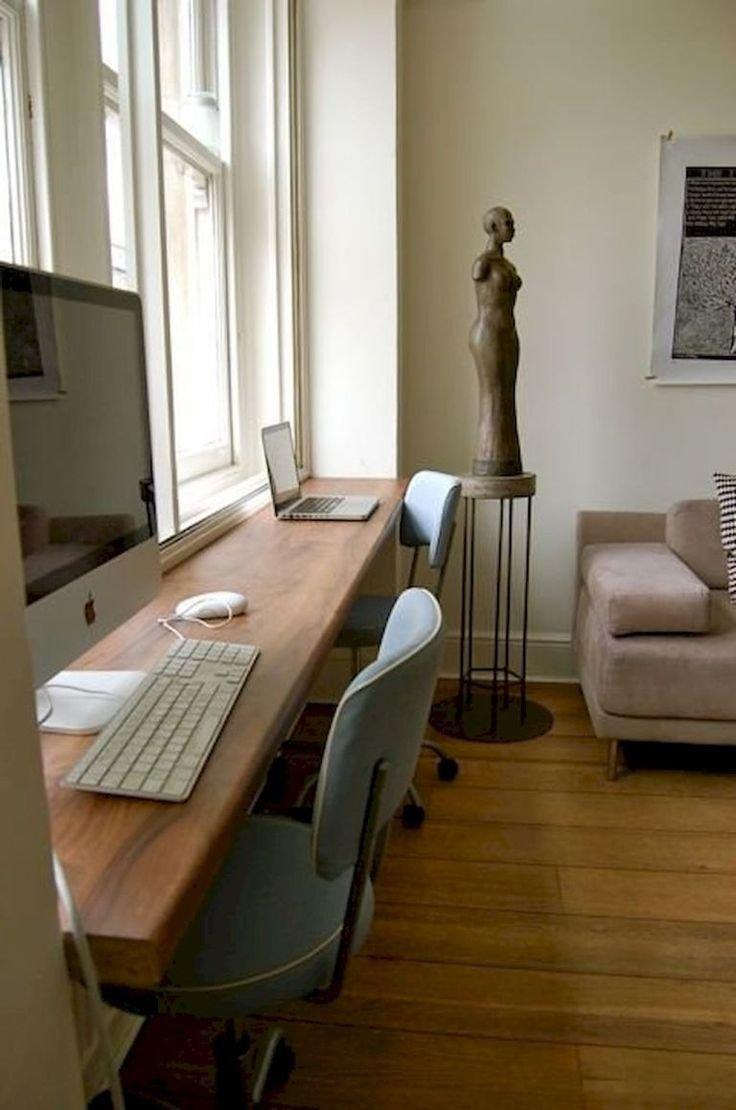 Mesa planejada para home office na sala