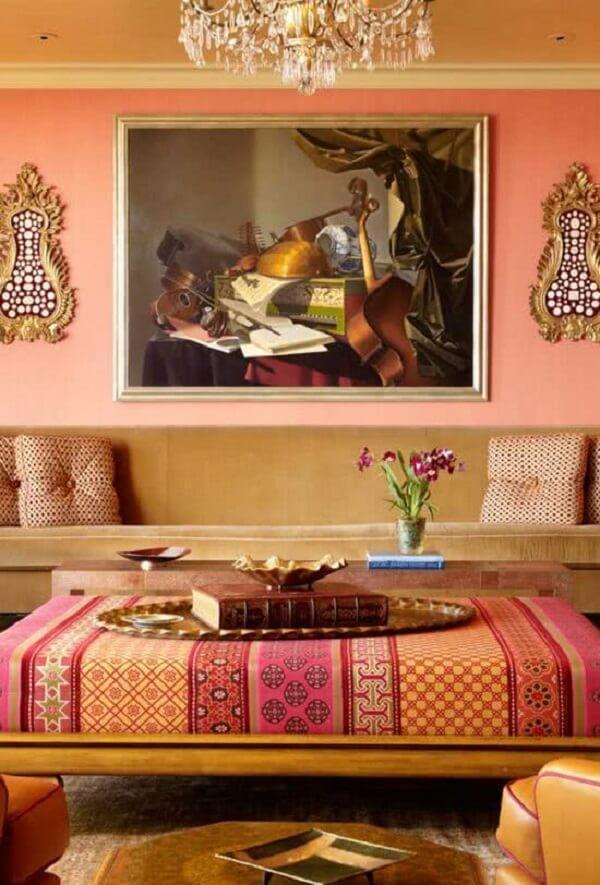 Os tons terrosos marcam o estilo de decoração indiana. Fonte: Pinterest