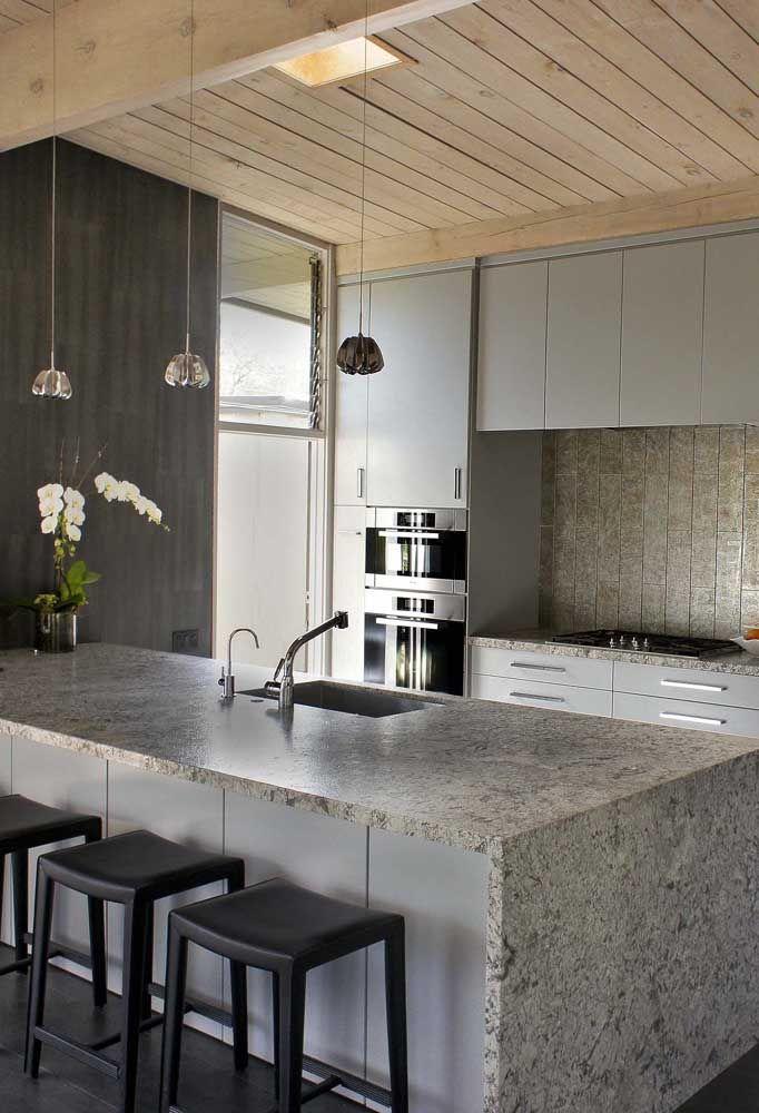 Pedra para bancada de cozinha cinza