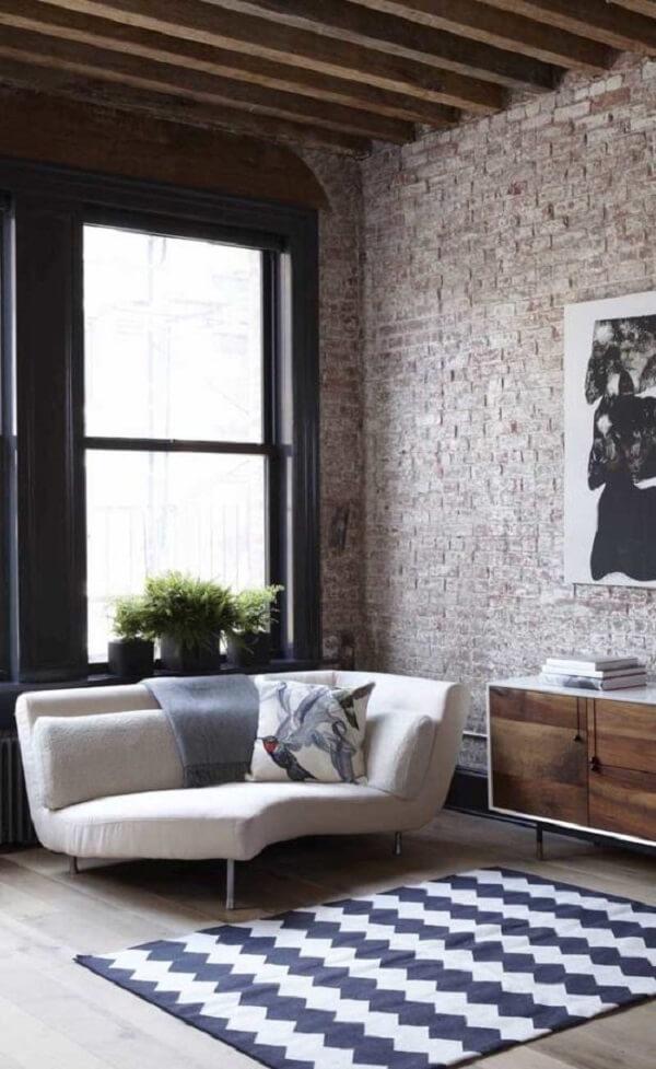 Poltrona divã com design arredondado. Fonte: Pinterest