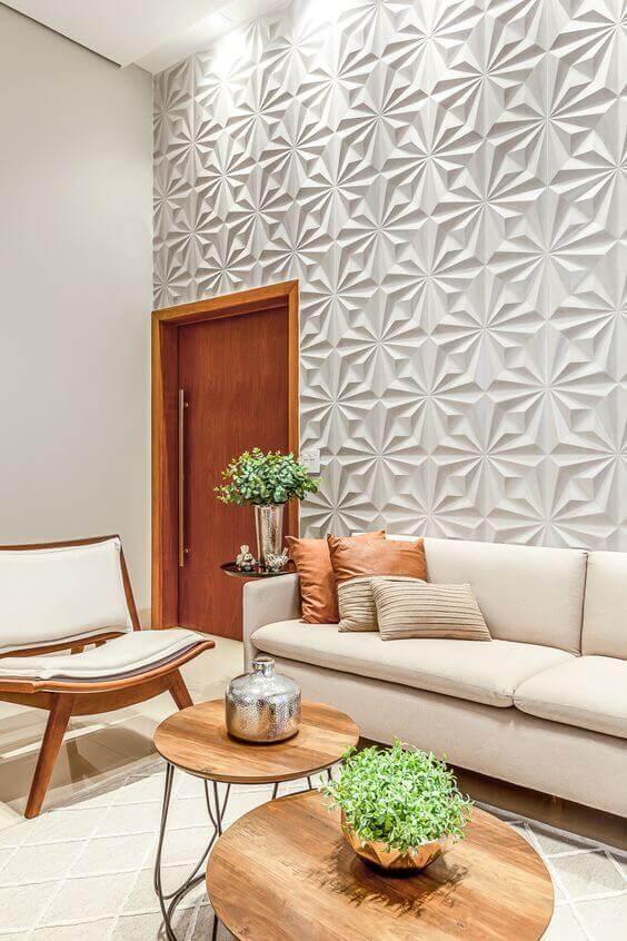 Sala com revestimento cerâmico 3D geométrico. Fonte: RP Guimarães