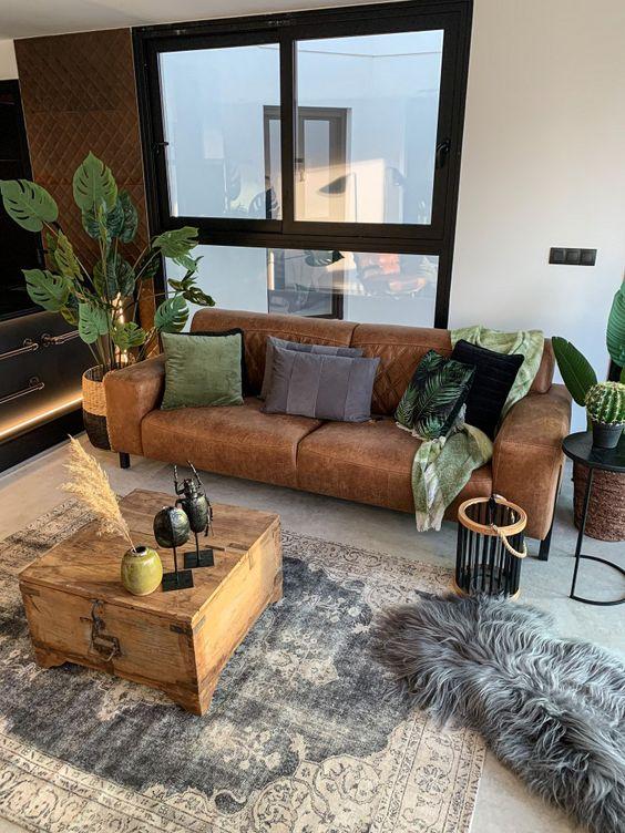 Sofá de couro estilo industrial para sala de estar pequena